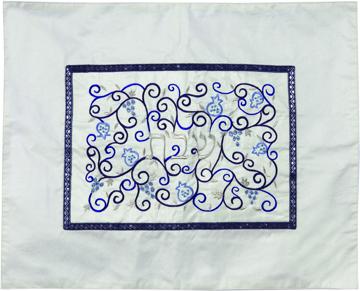 תמונה של כיסוי חלה - אמצע רקום- לבן + כחול - CMD-2   יאיר עמנואל
