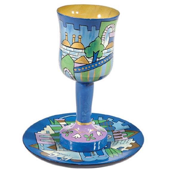 תמונה של גביע קידוש + תחתית - ציור יד על עץ - ירושלים כחול - CU-10   יאיר עמנואל