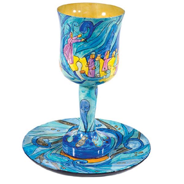 Picture of גביע קידוש + תחתית - ציור יד על עץ - יציאת מצרים - CU-12 | יאיר עמנואל