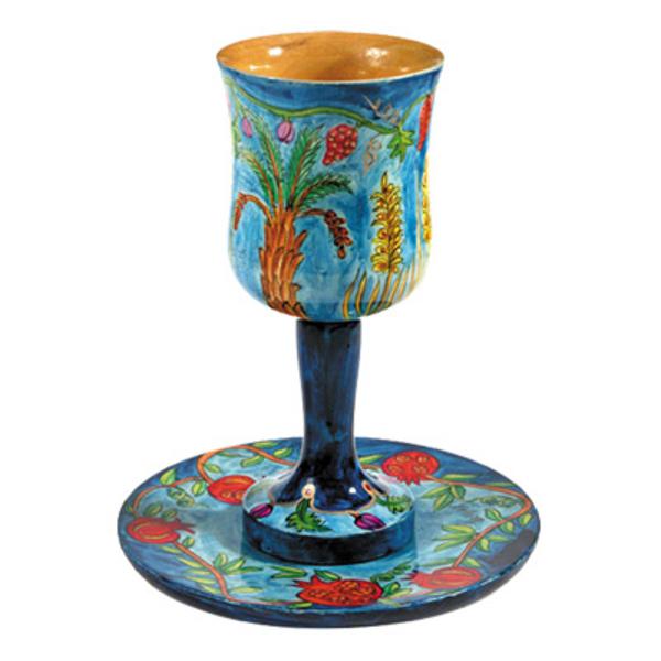 Picture of גביע קידוש + תחתית - ציור יד על עץ - שבעת המינים - CU-3 | יאיר עמנואל