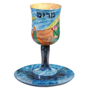 תמונה של גביע קידוש + תחתית - ציור יד על עץ - כוס מרים - CU-5 | יאיר עמנואל