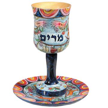 תמונה של גביע קידוש + תחתית - ציור יד על עץ - כוס מרים - CU-6 | יאיר עמנואל