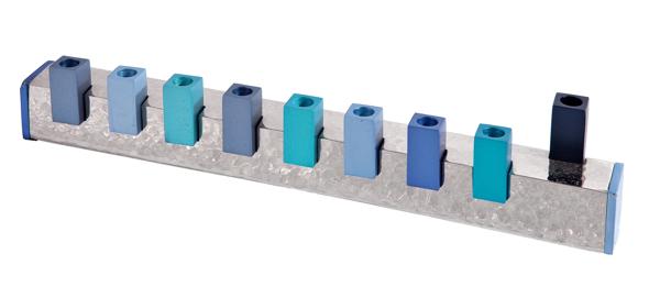 תמונה של חנוכיה - עבודת פטיש - ריבועים - כחול - HMZ-3   יאיר עמנואל